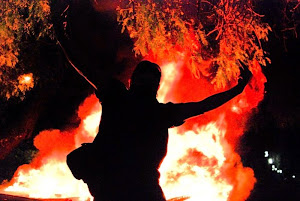 El fuego en la oscuridad