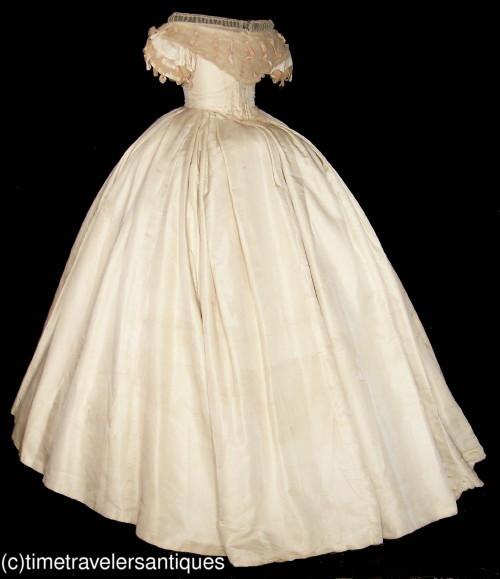 All The Pretty Dresses: American Civil War Era Wedding Gown