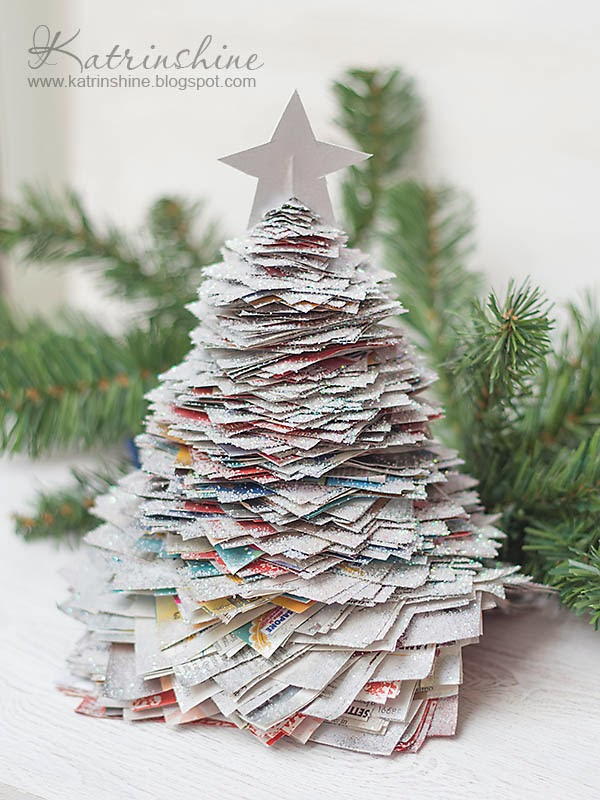 what you can make with all this paper christmas tree this amazing tree was my pinterest discovery i changed it a little and added some details