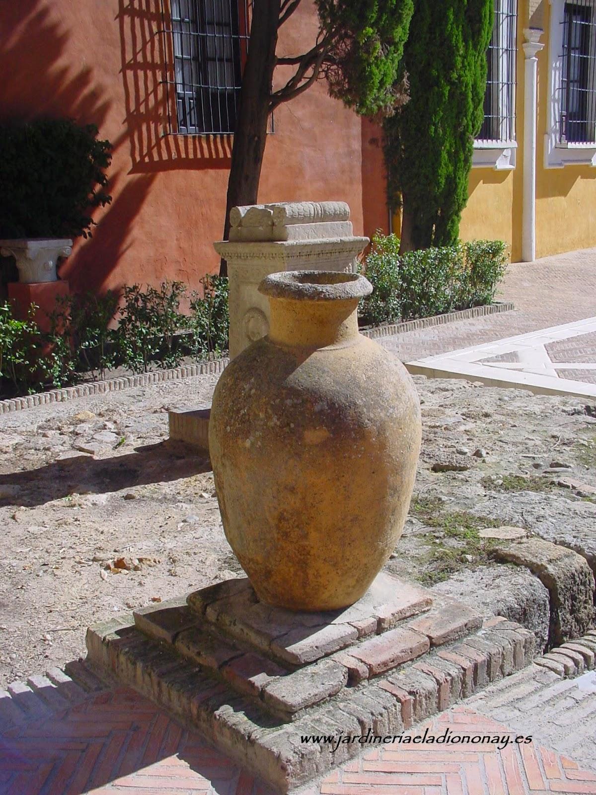 Jardineria eladio nonay las tinajas elementos decorativos jardiner a eladio nonay - Elementos decorativos para jardin ...