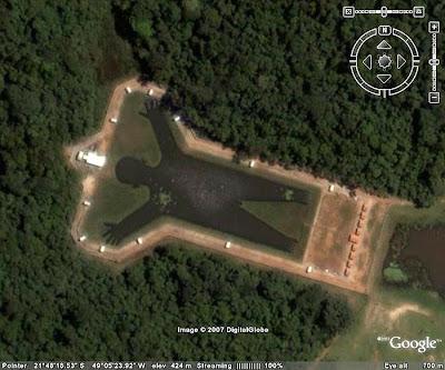 (image via: Google Maps) Man-Shaped Lake, Brazil