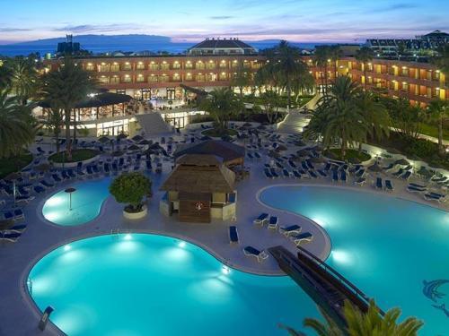 Hotels Near Tenerife South