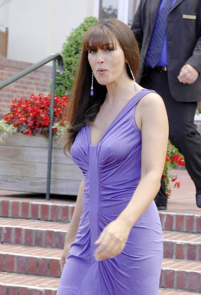 Fashion Models and Actress: Pop Singer Monica Bellucci ... Monica Bellucci Sing
