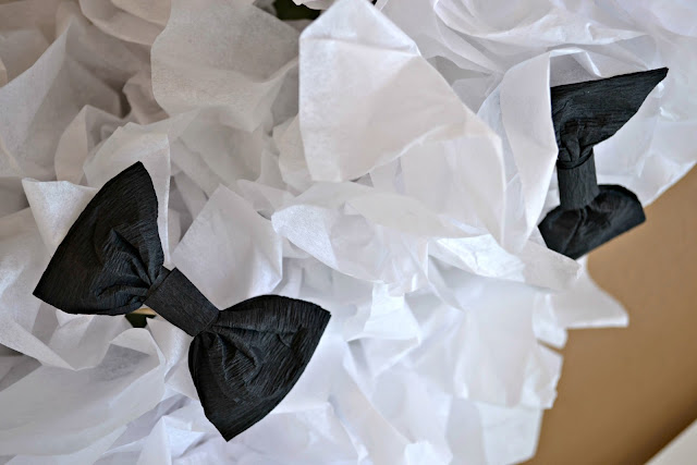 Mommy Testers #JT2020 black and white party decor tissue paper topiaries for 20/20 Experience Album Release Party #cbias