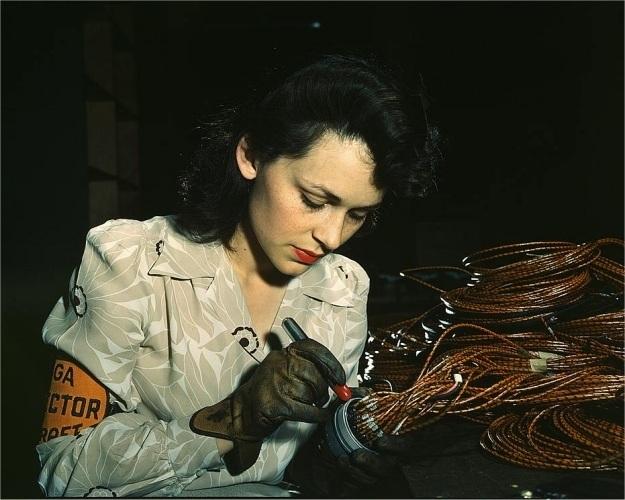 Las mujeres que trabajaron durante la 2 guerra mundial
