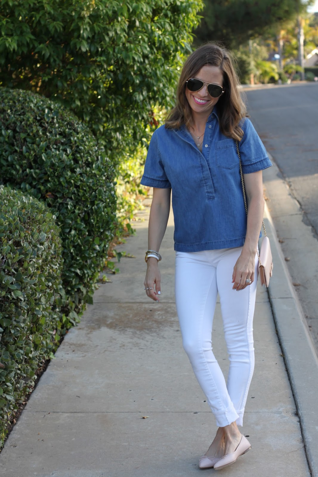 white skinny jeans street style