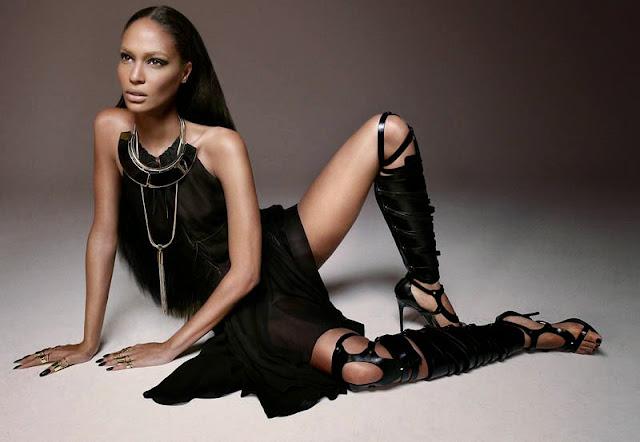 Modella 3 pubblicità costumi H&MN 2015