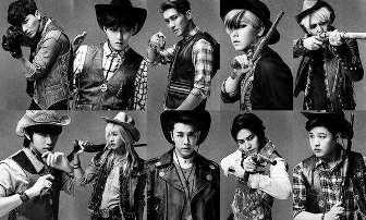"""Setelah sekian lama, akhirnya Super Junior kembali dengan album ketujuh, """"Mamacita"""", yang mengusung tema wild west. Album ini akan diluncurkan tanggal 1 September."""