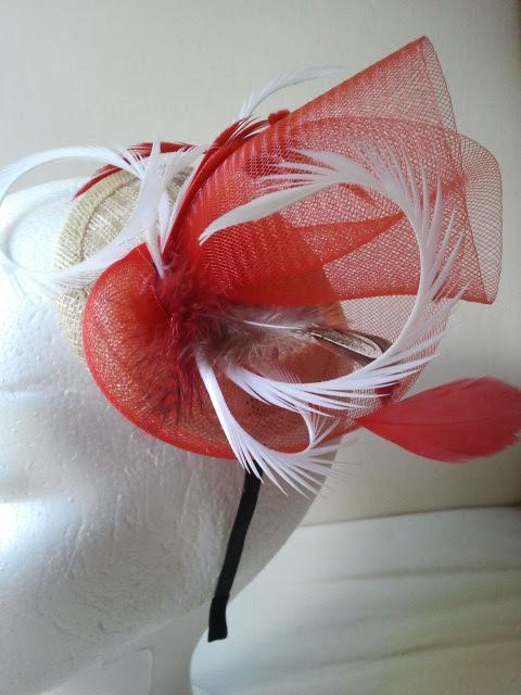 diadema, tocado, crin, rojos, beiges, ocres, plumas, baratos, económicos, bodas