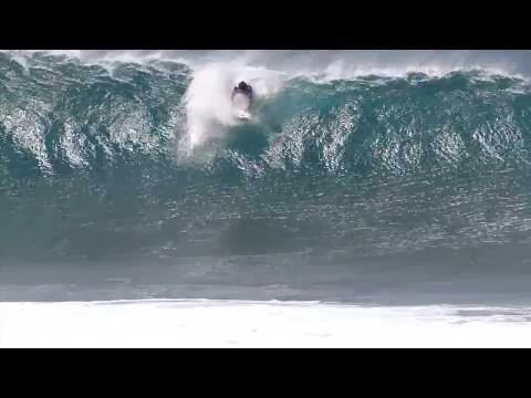 Final Day Wipe Outs - VOLCOM PIPE PRO 2014 www surf-devil com