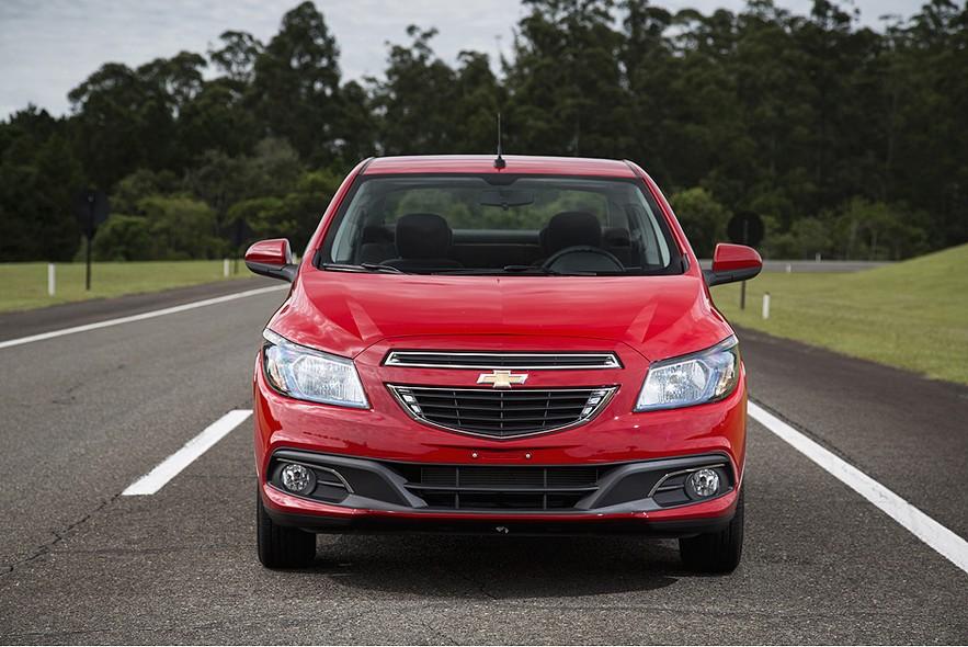novo Chevrolet Prisma 2014 frente