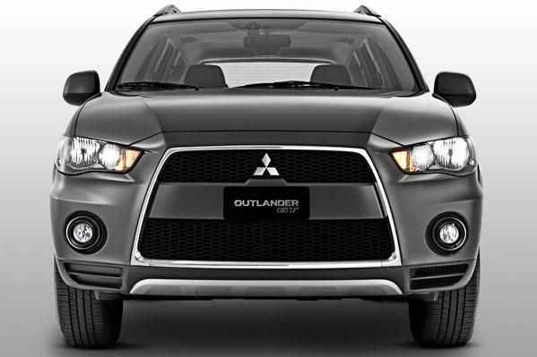 auto Mitsubishi Outlander 2013