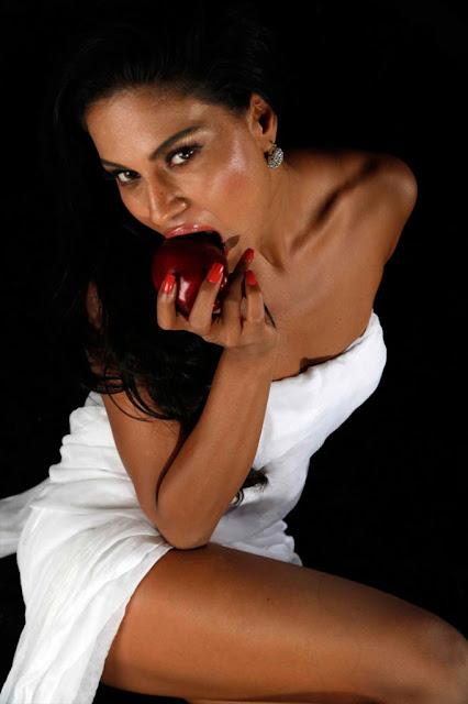 Veena Malik in Dirty Picture Shoot