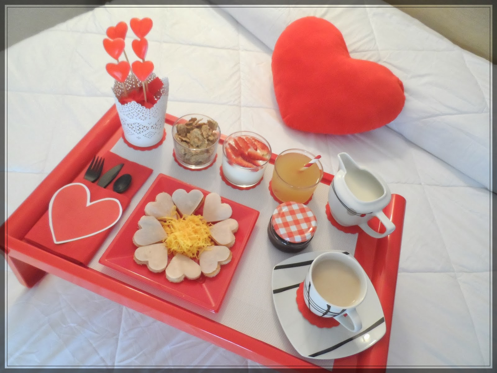 Las Mesas de Nu00faria: En San Valentu00edn . . . u00a1 el desayuno en ...