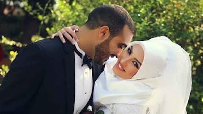 Inilah 6 Cara Rasulullah Membahagiakan istri!! SAMPAIKAN pada SUAMIMU!