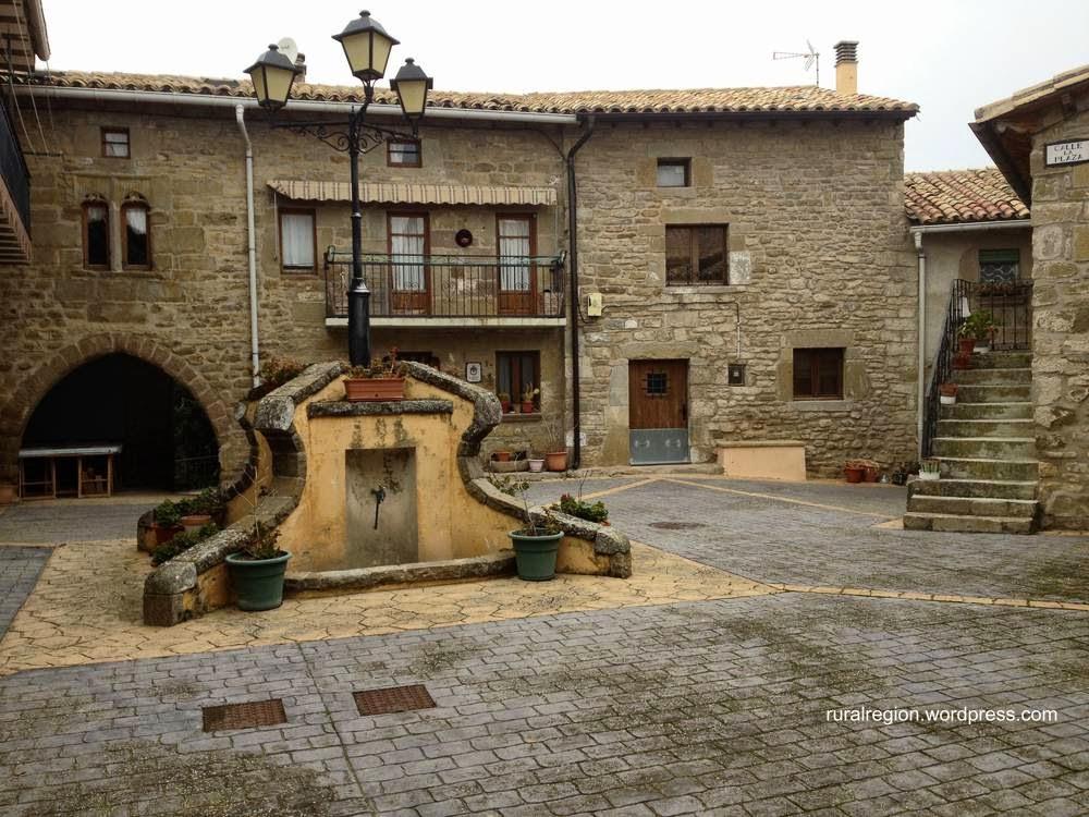 Arquitectura de casas sobre las casas de pueblo en europa - Casas en pueblos ...