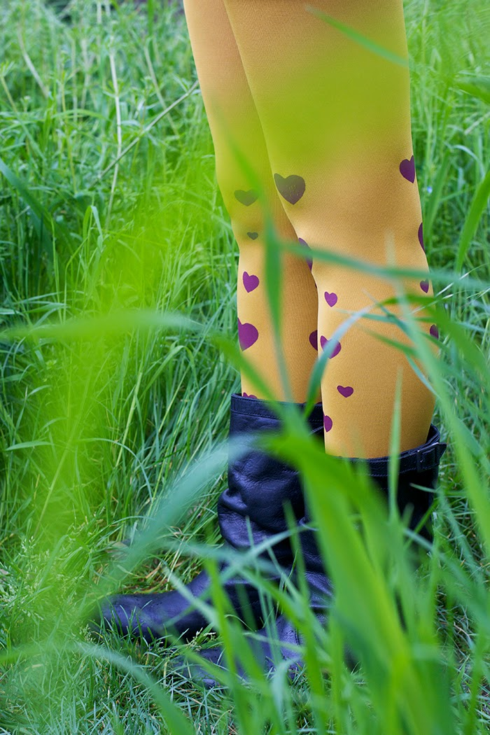 calze gialle cuori rossi