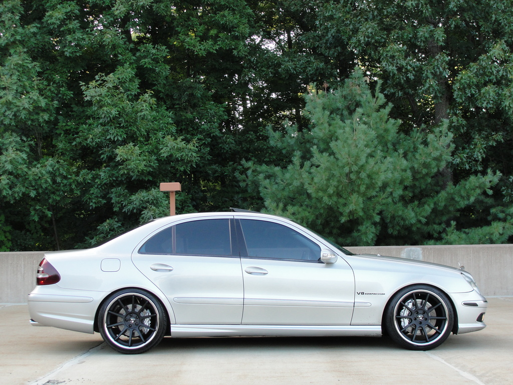 Mercedes benz w211 e55 amg on r20 rims benztuning for Amg wheels for mercedes benz