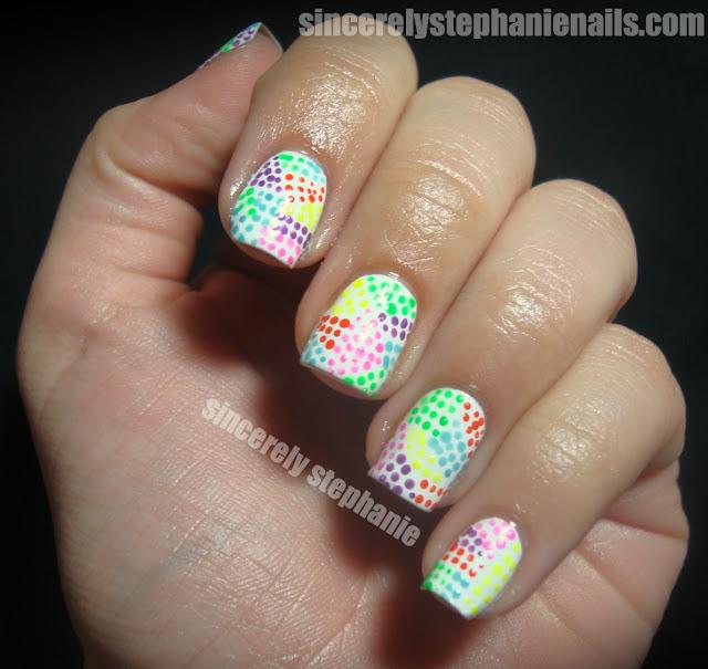 rainbow-dot-nail-art