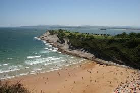 http://www.escapadarural.com/blog/las-playas-de-cantabria-mas-visitadas-por-los-surfistas/