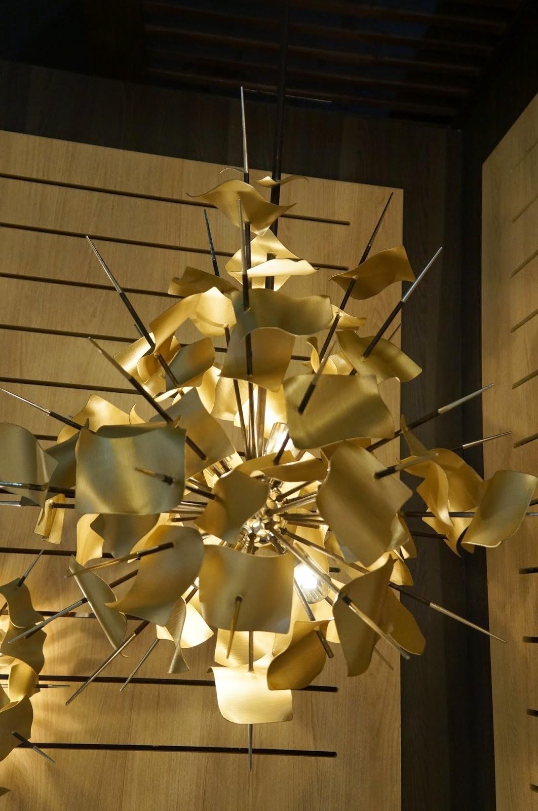 pendente Poetry de ferro forjado à mão - Corbett Lighting - Expolux 2014