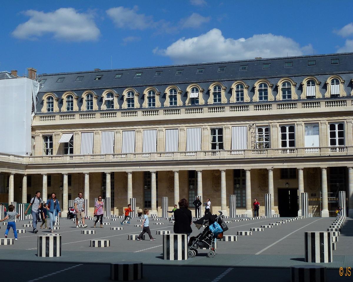 P 39 tits clics paris place des vosges jardin et colonnes - Les jardins du louvre ...
