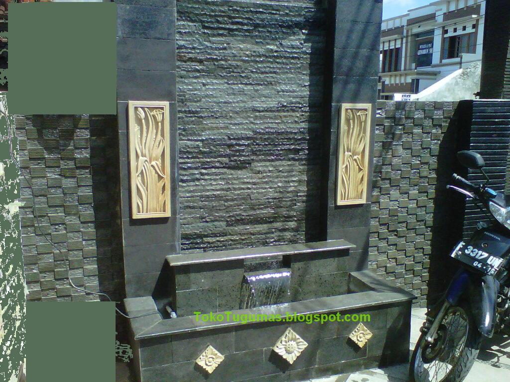batu hiasan dinding rumah
