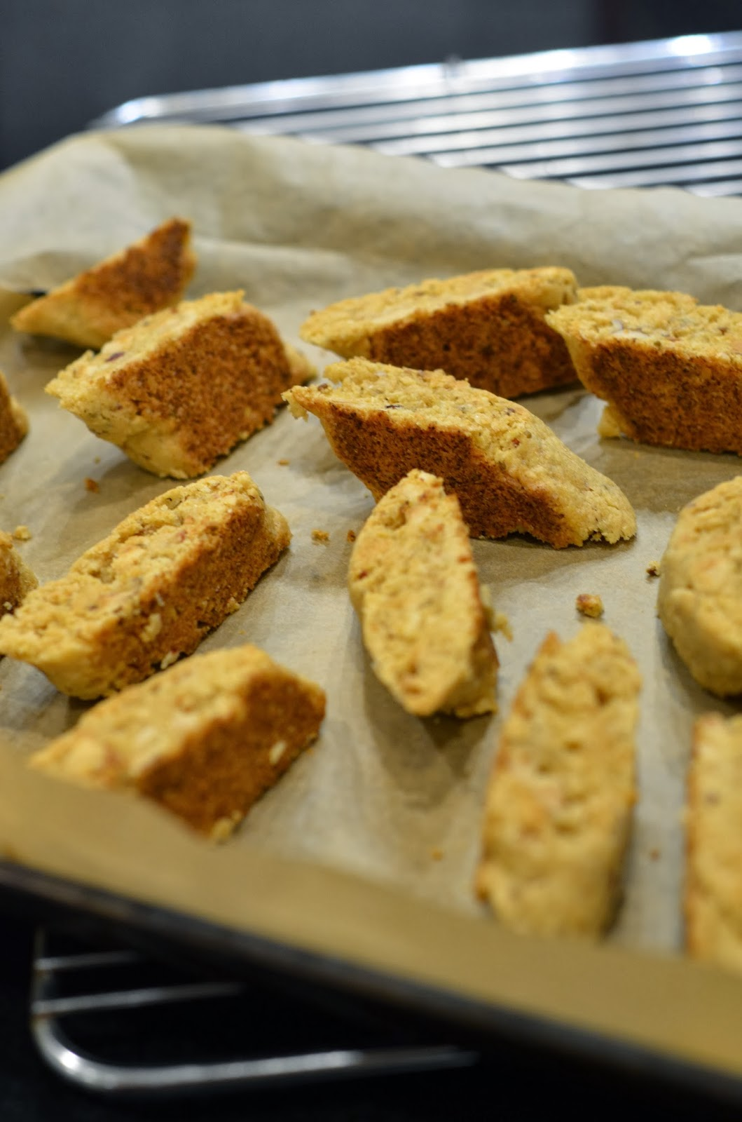 Thrifty Kitchen: Hazelnut (Cornmeal) Biscotti