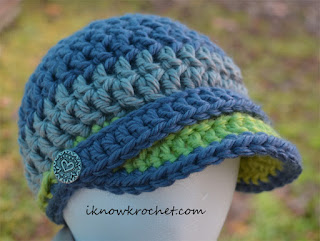 crochet fan hat light blue