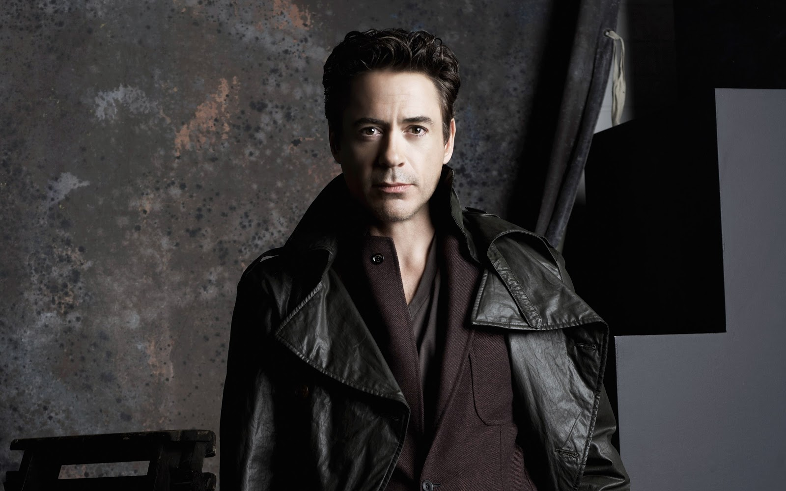 http://3.bp.blogspot.com/-ES9TSYc4ebo/ULccPv7SdOI/AAAAAAAAE18/mB4UpQNz4dQ/s1600/men-robert-downey-jr-actors-leather-jacket-HD-Wallpapers.jpg