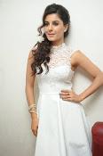 Isha Talwar Glamorous photos-thumbnail-17