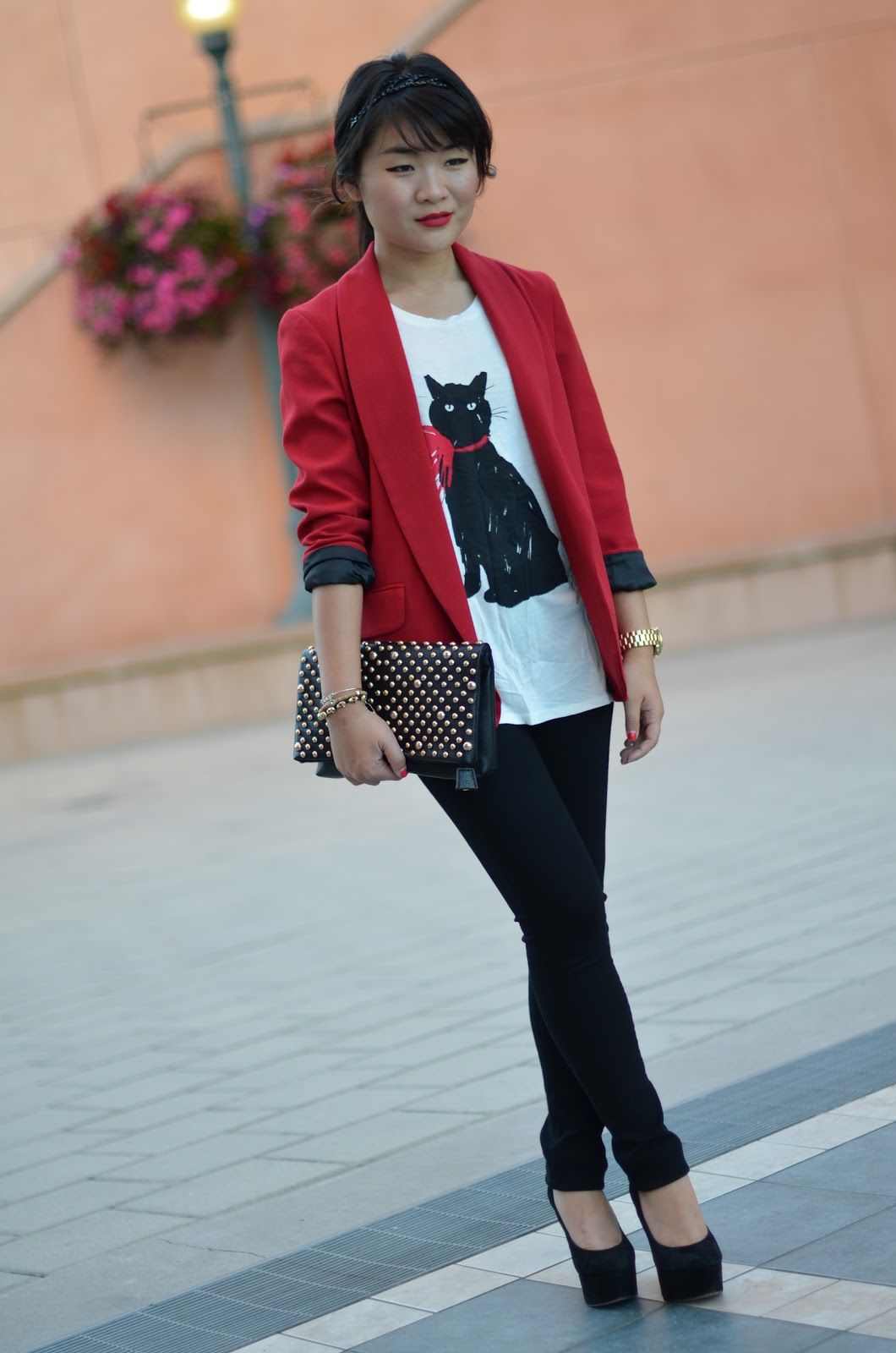 forever 21 red blazer, jason wu for target cat shirt, jason wu for target milu shirt, jason wu for target black cat, citizens of humanity black skinny stretch leggings axle wash, citizens of humanity black stretch jeans, citizens of humanity axle wash, sam edelman quinn, forever 21 black studded clutchn