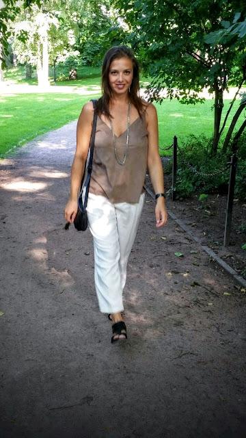 Suede & White http://elisiroflife.blogspot.com