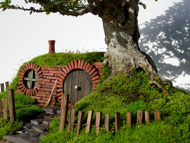 Hobbit Seen On www.coolpicturegallery.us