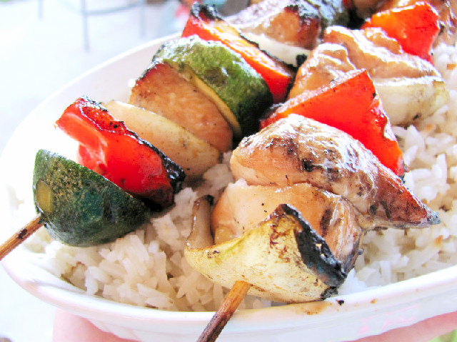 Bottled Beauty: Yummy Honey Chicken Kabobs & Coconut Rice