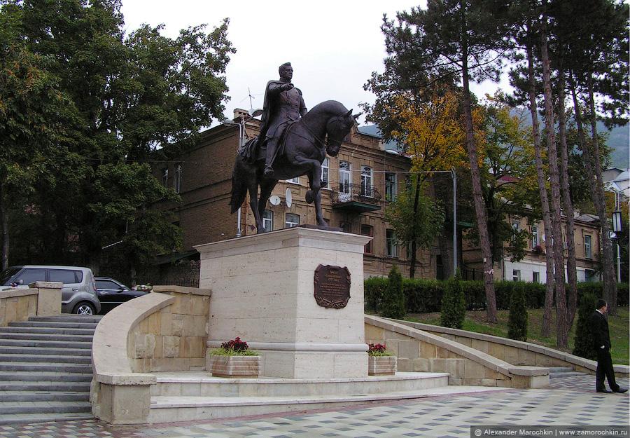 Памятник генералу А. П. Ермолову в Пятигорске
