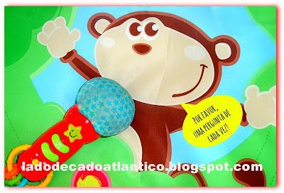 Foto editada de microfone e tapete de brincar do Miguel