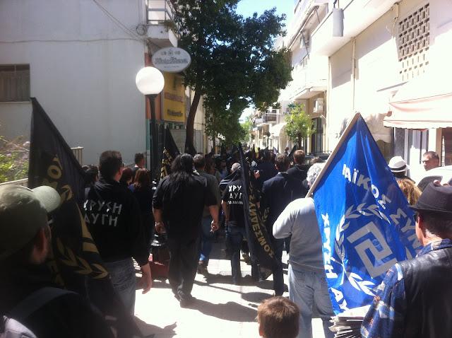 Χρυσαυγίτες στον δρόμο περνάνε - Μεγάλη ενημερωτική δράση στους δρόμους του Αμαρουσίου
