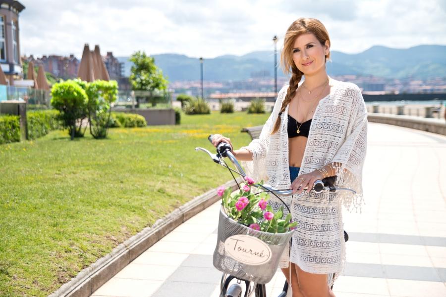 Look con kimono y joyas A trendy life
