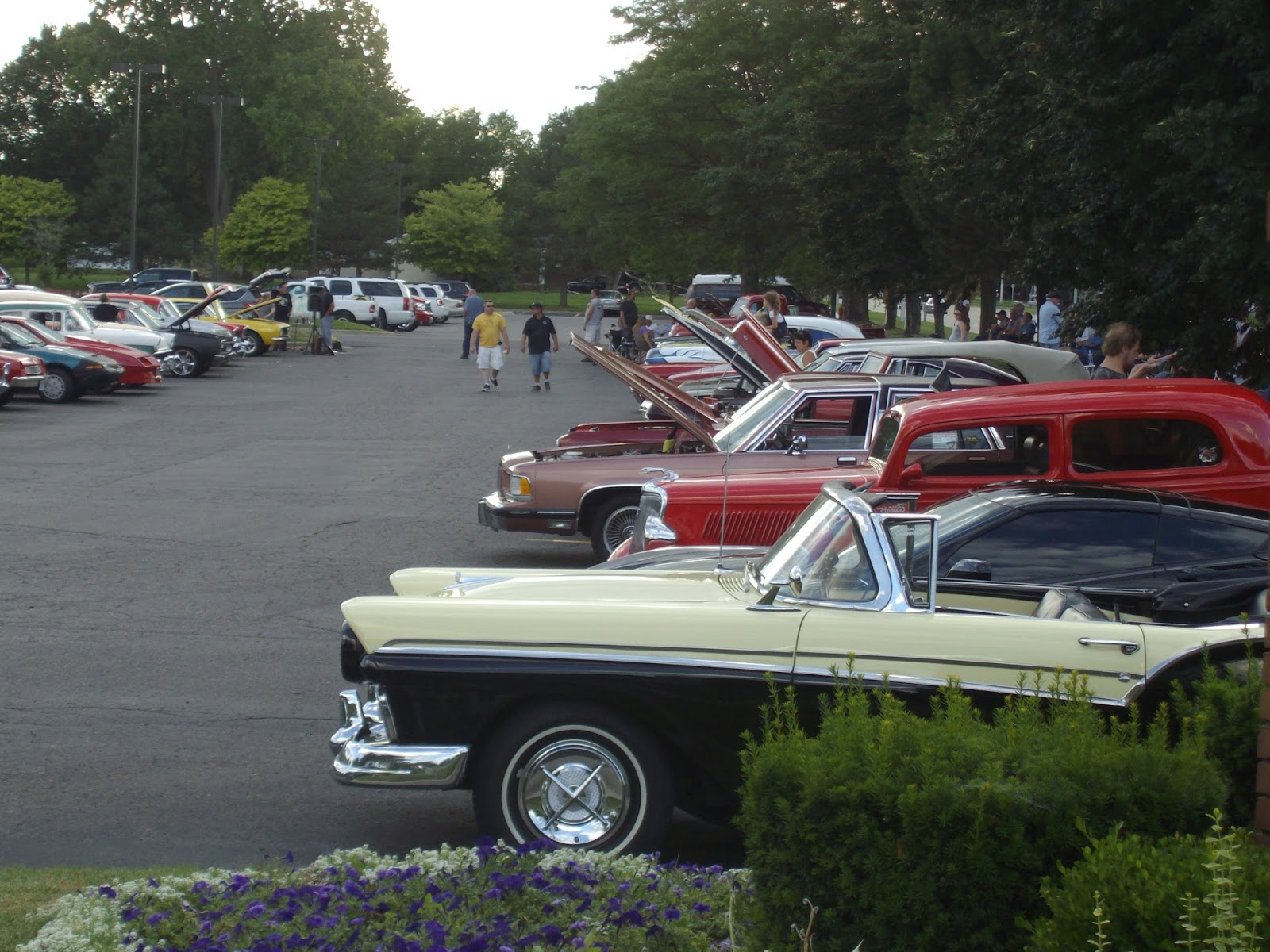 Mitten State Sports Report Weekly Car Show In Taylor - Weekly car shows near me