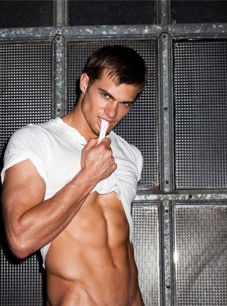 Seth Kuhlman showing us his amazing abs