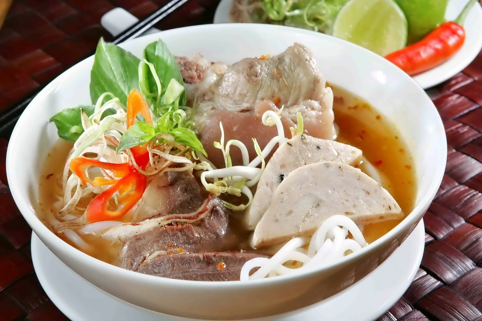 Hue beef noodle – the typical culinary art of Hue!