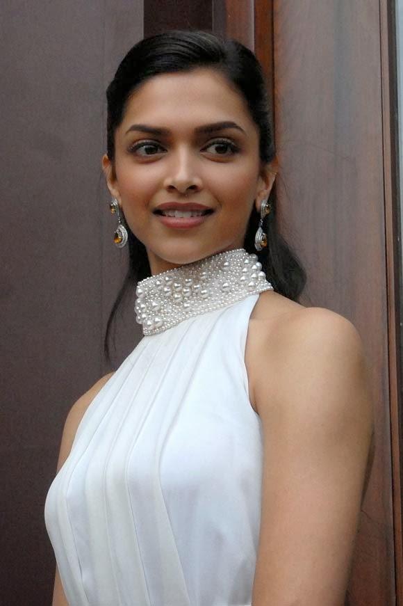 Bollywood And Hollywood Beauti Queens,: Deepika Padukone ...