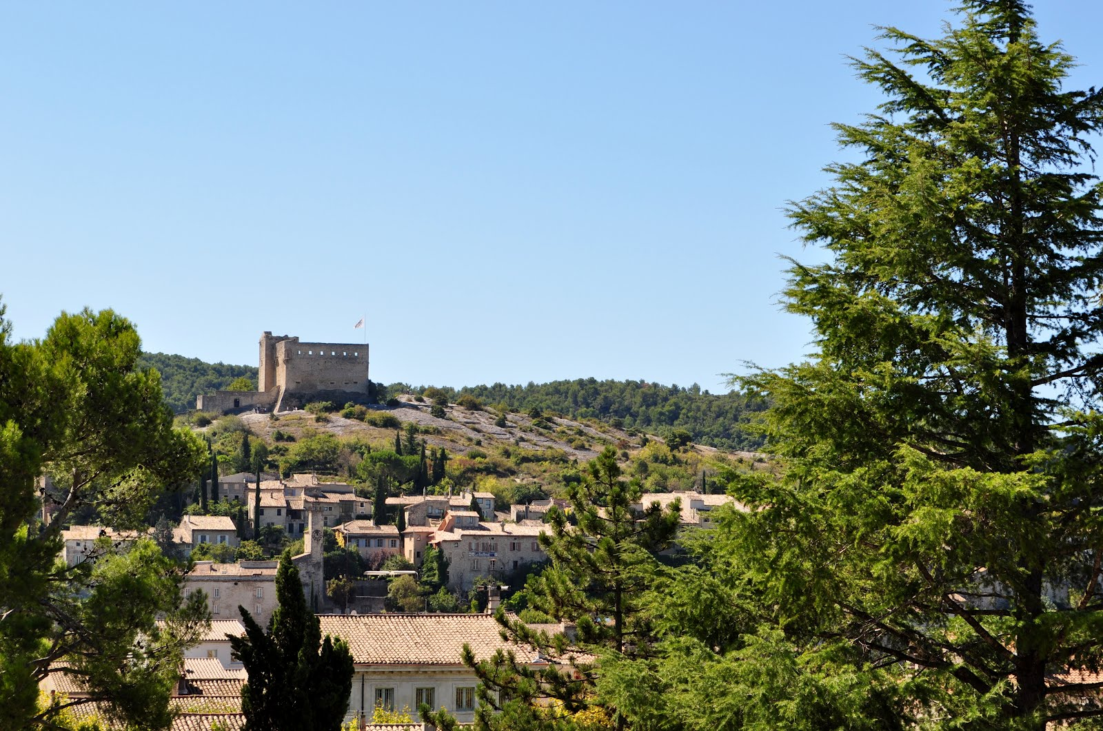 Our house in provence market day in vaison la romaine - Office de tourisme vaison la romaine ...