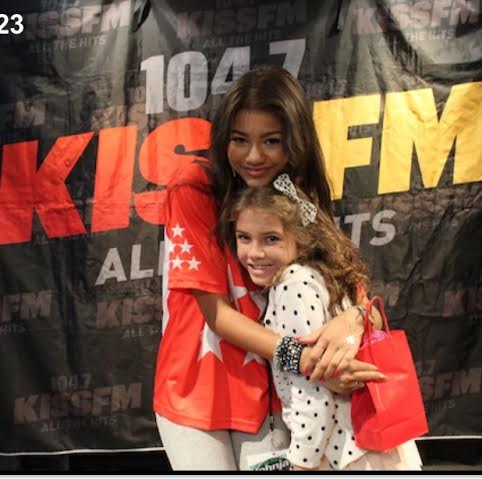 Zendayas birthday wish mias marrow mia got to meet zendaya in the jjr studio after her 100th party at the hospital they invited her to come when zendaya would be there m4hsunfo