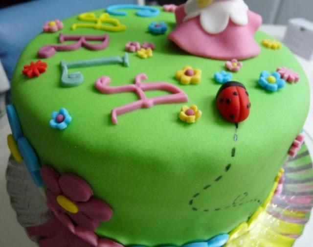 tarta de fondant de niña - 2