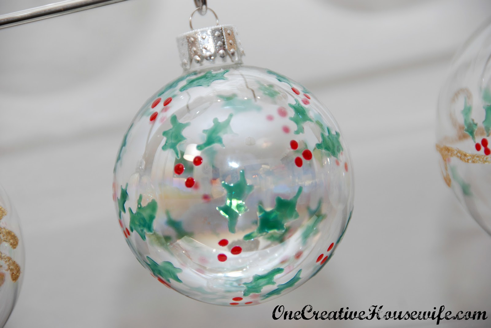 Acrylic clear ornaments - The Gold Glitter On This Ball Is Glitter Glue And The Gold Circles Are Gold Acrylic Paint