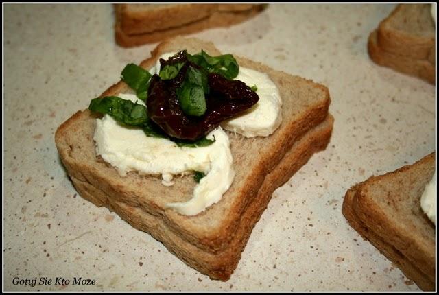 Tosty francuskie z mozzarellą - przygotowanie