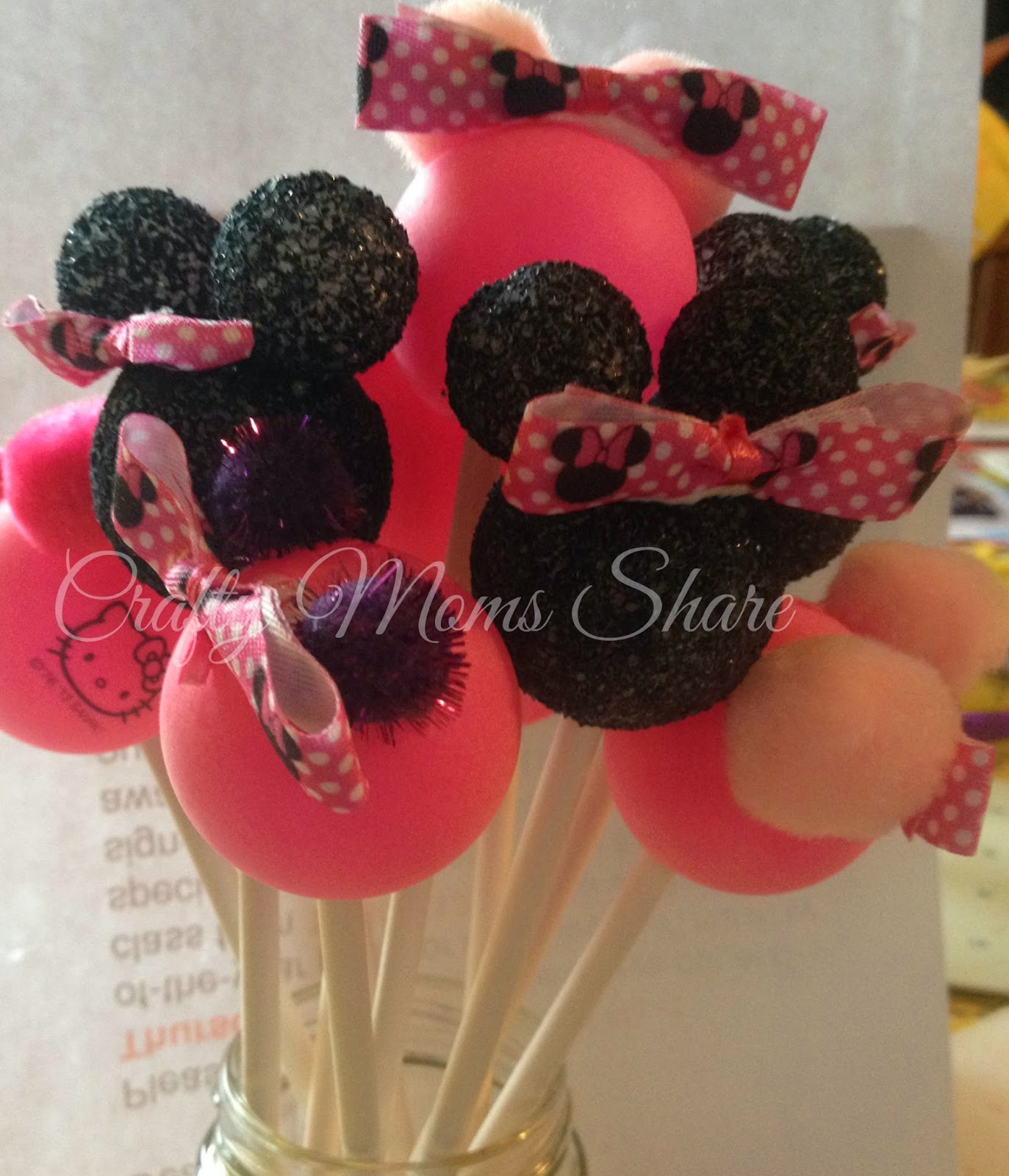 Crafty Moms Share: Minnie Mouse Birthday Party--DIY Decorations