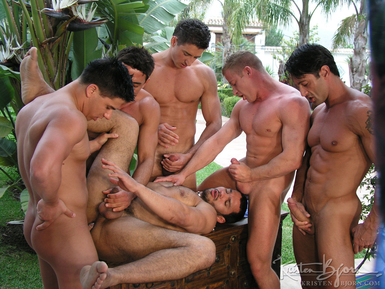 hot guys Group